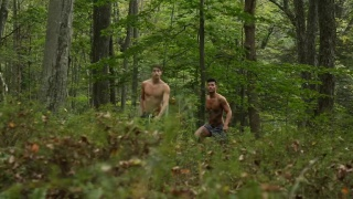 Ricky Roman & Taylor Reign fuck in the woods