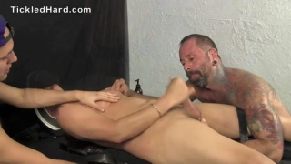 Video ansehen guy gets 2-on-1 tickling