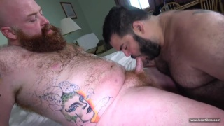 bearded bears Skylar Cole and Tate Taylor fucking raw