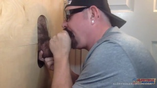 """guarda il video: """"This guy at the gloryhole wanted both of my holes."""""""