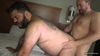 skylar Cole and Eric Schwanz fucking bareback