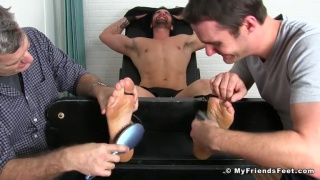 Big Beau reed Bested By Tickling