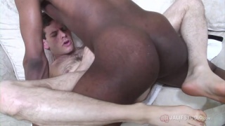 top knows his bottom needs a good ass drilling