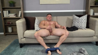 muscle stud auditions his big cock for top duty