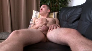 guy's cock gets bigger and bigger
